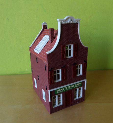 "Holland scale H0  Gevel woning ""Wendy`s wine shop"""
