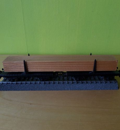 Marklin H0 wagons met Hout lading